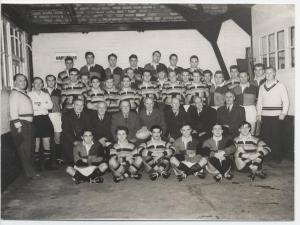 In 1959 Harlequins and Richmond played a 'Jubilee Match' to celebrate 50 years since the first game at Twickenham. Several survivors of the 1909 contest are sat on the second row.