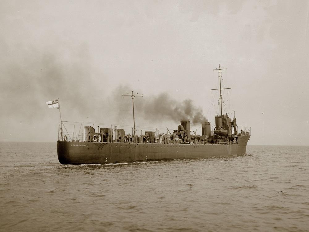 HMS_Sparrowhawk,_1913
